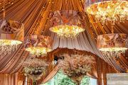 Фото 9 Оформление зала на свадьбу (90 фотоидей): тренды года и советы по выбору стилистики, цветовой гаммы и декора