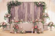 Фото 26 Оформление зала на свадьбу (90 фотоидей): тренды года и советы по выбору стилистики, цветовой гаммы и декора