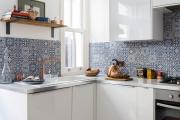 Фото 8 Отделка стен на кухне: обзор современных материалов и 60+ реализаций в интерьере