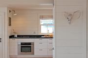 Фото 11 Отделка стен на кухне: обзор современных материалов и 60+ реализаций в интерьере