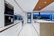 Фото 3 Плитка на пол для кухни: разбираемся в типах, материалах и укладке
