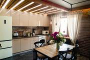 Фото 28 Плитка на пол для кухни: разбираемся в типах, материалах и укладке