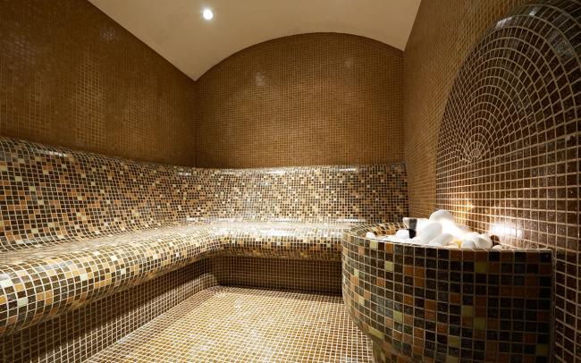 Уютный интерьер турецкой бани