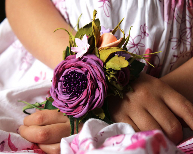 Украшение на руку для подружек невесты