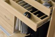 Фото 24 Для тех, кто всегда с иголочки: лучшие варианты систем хранения для гардеробной