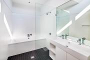 Фото 9 Система слива-перелива для ванны полуавтомат: полезные советы для монтажа