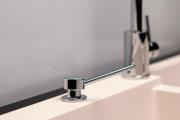 Фото 20 Диспенсер для жидкого мыла: 60+ дизайнерских и классических вариантов для ванной комнаты