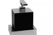 Фото 22 Диспенсер для жидкого мыла: 60+ дизайнерских и классических вариантов для ванной комнаты