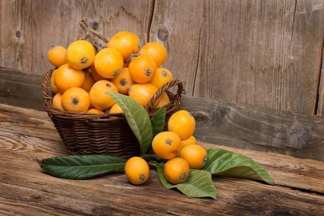 Яркий экзотический фрукт