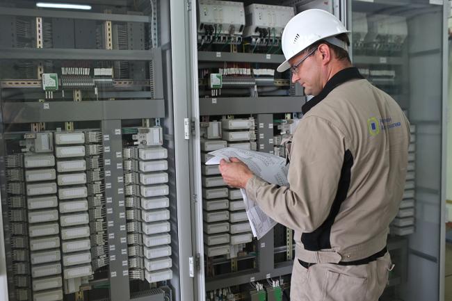 Работы по установке и настройке выполняют подрядные организации
