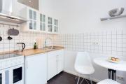 Фото 11 В ограниченных условиях: дизайнерские лайфхаки, идеи и советы для продуманного интерьера кухни 10 кв. м
