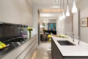 Фото 12 В ограниченных условиях: дизайнерские лайфхаки, идеи и советы для продуманного интерьера кухни 10 кв. м
