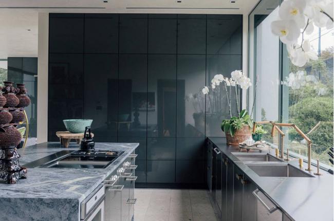 """Площадь кухонного пространства 10 кв м считается """"золотой серединой"""""""