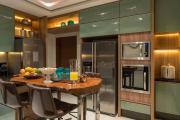 Фото 16 В ограниченных условиях: дизайнерские лайфхаки, идеи и советы для продуманного интерьера кухни 10 кв. м
