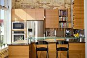 Фото 29 В ограниченных условиях: дизайнерские лайфхаки, идеи и советы для продуманного интерьера кухни 10 кв. м