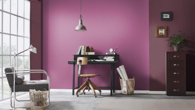 Смелое сочетание цветовой гаммы для гостиной комнаты