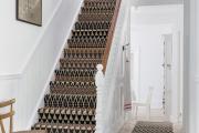 Фото 13 Отделка лестницы в частном доме: 60+ роскошных идей декора, покрытий и облицовки