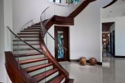 Фото 16 Отделка лестницы в частном доме: 60+ роскошных идей декора, покрытий и облицовки
