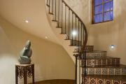 Фото 33 Отделка лестницы в частном доме: 60+ роскошных идей декора, покрытий и облицовки
