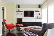 Фото 7 Подвесная полка под телевизор: обзор функциональных и комфортных вариантов для дома