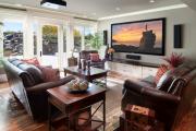Фото 8 Подвесная полка под телевизор: обзор функциональных и комфортных вариантов для дома
