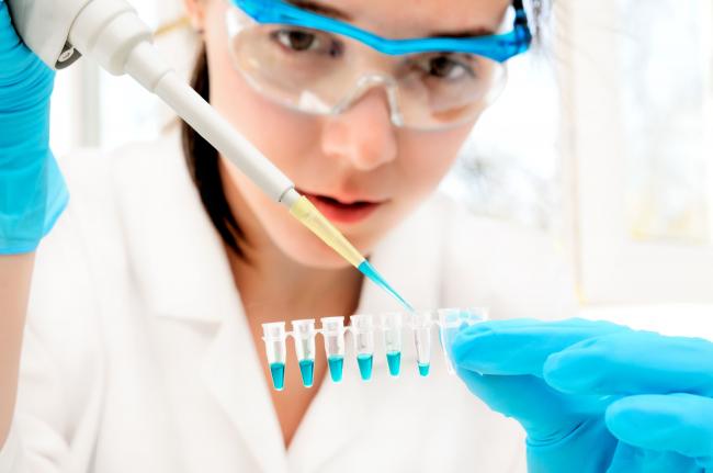 Проведение анализа пробы воды в лабораторных условиях