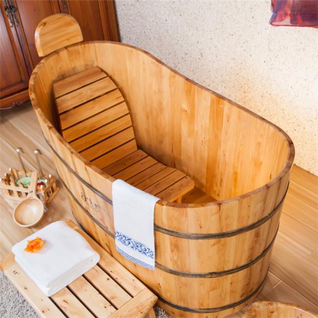 Деревянное изделие для купания ручной работы