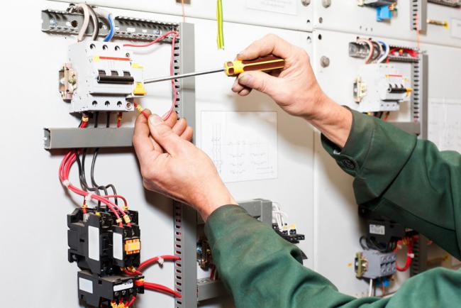 Особое внимание уделите качеству электросетей