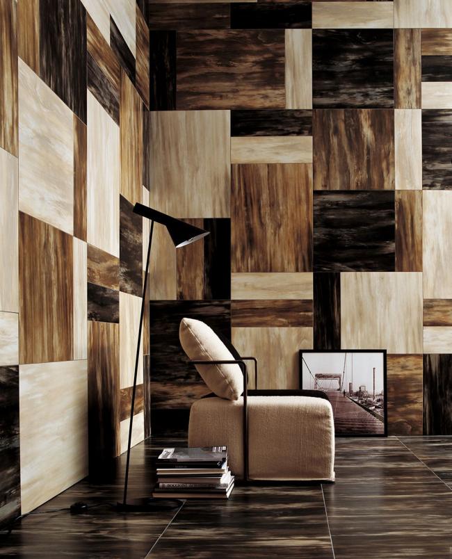 Стильное шахматное оформление гостиной с помощью природных материалов