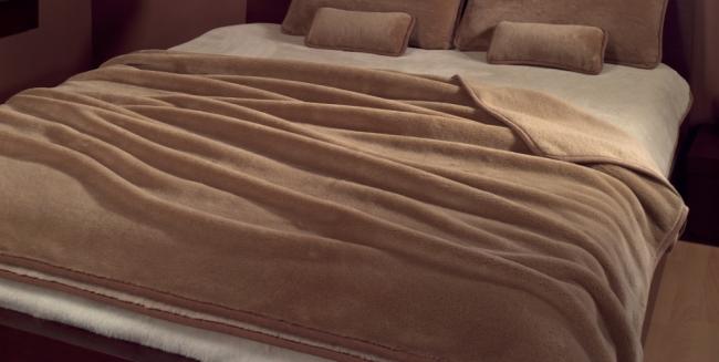 Стильное решение для спальни в шоколадных тонах