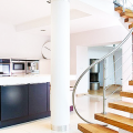 Деревянные лестницы на второй этаж в частном доме: 90+ фото лучших проектов и советы экспертов фото