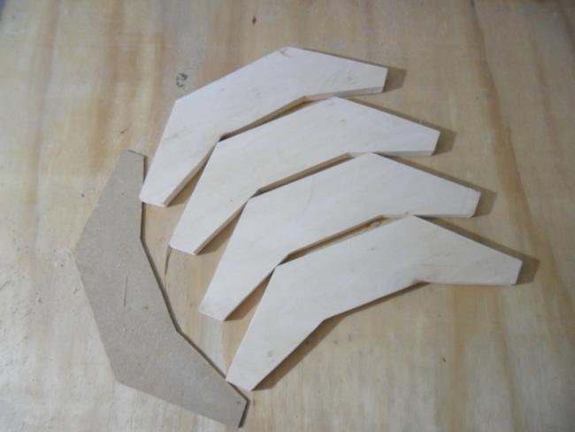 Вырезание деталей по шаблону