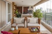Фото 8 Дизайн кухни с выходом на балкон: лучшие идеи планировки, утепление и выбор функциональной мебели