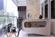 Фото 9 Дизайн кухни с выходом на балкон: лучшие идеи планировки, утепление и выбор функциональной мебели