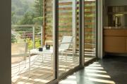 Фото 14 Дизайн кухни с выходом на балкон: лучшие идеи планировки, утепление и выбор функциональной мебели