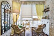 Фото 18 Дизайн кухни с выходом на балкон: лучшие идеи планировки, утепление и выбор функциональной мебели