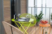 Фото 27 Дизайн кухни с выходом на балкон: лучшие идеи планировки, утепление и выбор функциональной мебели