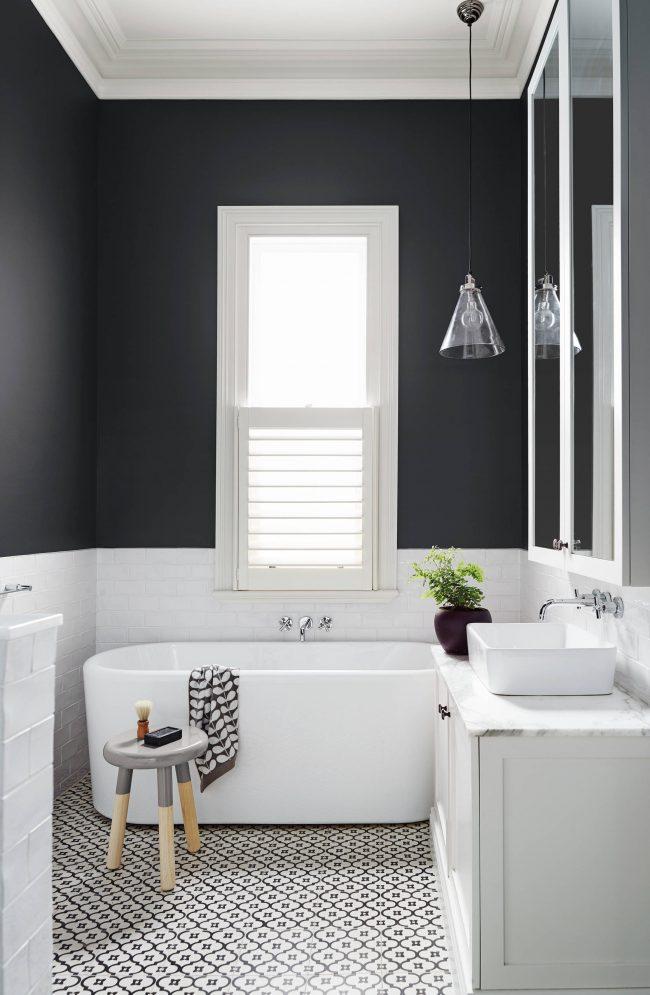 Благородный интерьер ванной комнаты в стиле минимализм
