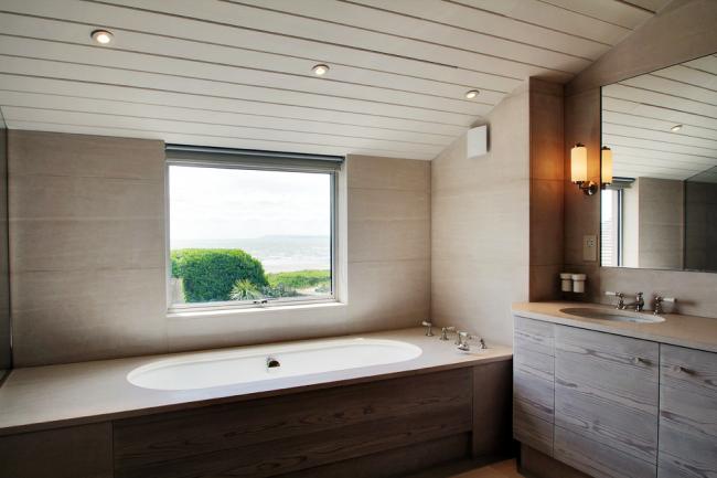 """Лаконичный """"beach style"""" в оформлении ванной"""