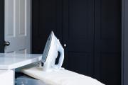 Фото 4 Гладильная доска, встроенная в шкаф: 60+ лучших идей для удобства и экономии места в доме