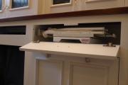 Фото 8 Гладильная доска, встроенная в шкаф: 60+ лучших идей для удобства и экономии места в доме