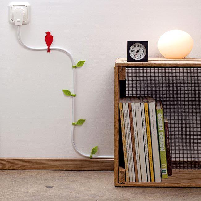 Декоративные элементы помогут замаскировать телевизионный кабель