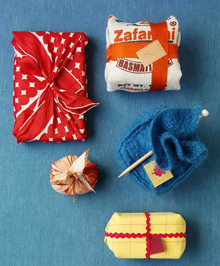 Как упаковать подарок в подарочную бумагу? 100 Идей ❤ Видео