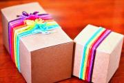 Фото 6 Как стильно упаковать подарок в подарочную бумагу (100+ пошаговых фотоидей): видео мастер-классы и советы