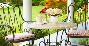 Кованые столы в интерьере (80+ фото): секреты изготовления и ухода за коваными изделиями дома и в саду фото