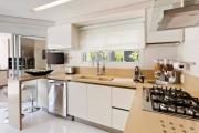 Фото 13 Дизайн кухни 11 кв. метров: трендовые интерьерные новинки и современные планировки