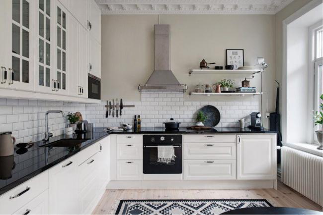 Возможность воплощения в жизнь любой идеи по организации кухонного пространства
