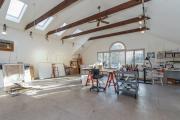 Фото 24 Создаем интерьер полноценной студии: 70 идей рабочего места художника и мастерской в доме