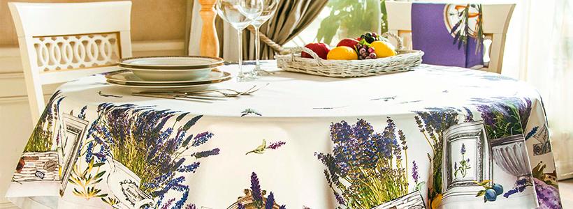 Практичная альтернатива классике и раннерам: 60+ стильных силиконовых скатертей на стол