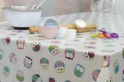 Фото 21 Практичная альтернатива классике и раннерам: 70 стильных силиконовых скатертей на стол